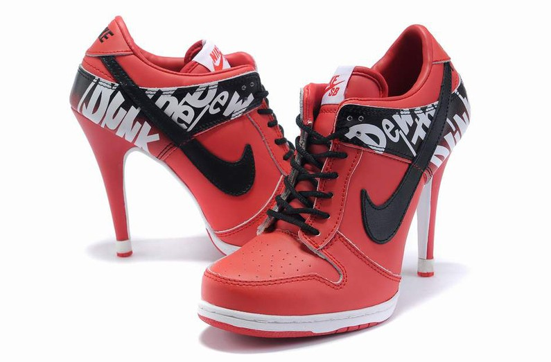 botte nike femme a talon,Talon Nike Dunk Bas Femme Rouge